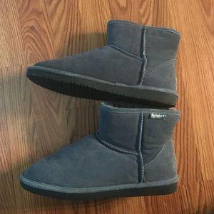Short BearPaw Winter Boots, Size 12